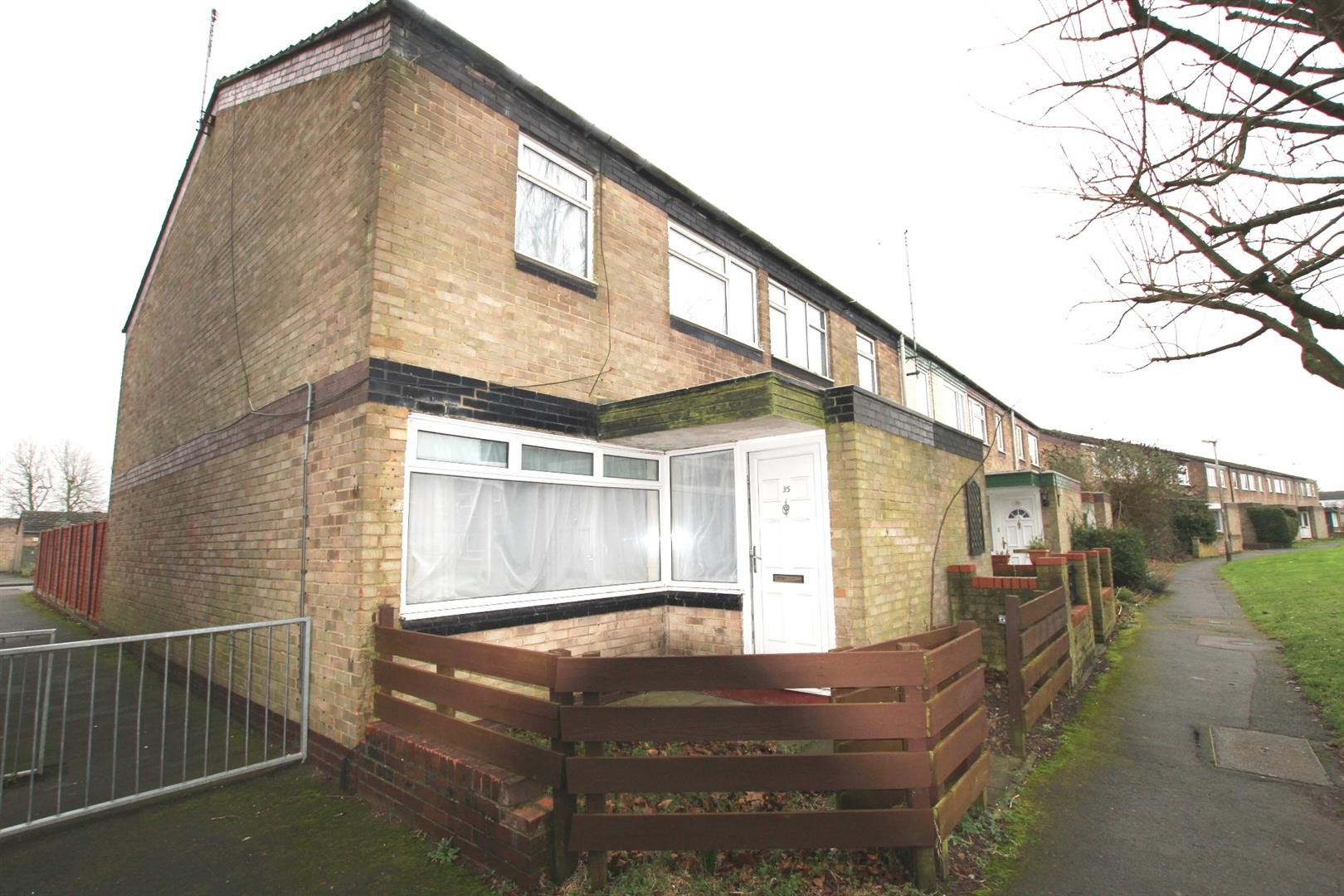 3 Bedrooms House for rent in Trident Drive, Houghton Regis, Dunstable